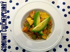 Clean eating recipe- coconut chicken curry! Easy, fast & delicious!