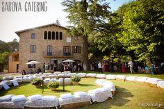 Balas de paja para el momento de la ceremonia / Straw bales at the time of the ceremony by Sarova Catering #bodas #weddings #catering #marriage