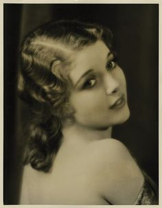 Loretta Young, she has such a sweet face. <3