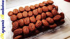 Μελομακάρονα με σιμιγδάλι Greek Sweets, Cereal, Almond, Christmas Decorations, Cookies, Breakfast, Desserts, Youtube, Food