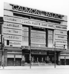 Odeon Lewisham in London, GB - Cinema Treasures London Now, South London, Old London, London History, Local History, Vintage Photography, Childhood Memories, Art Deco, Cinema