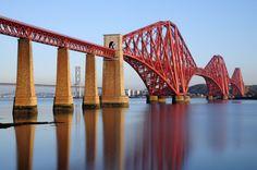forth-railway-bridge-edinburgh-scotland-united-kingdom