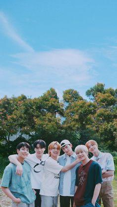 Korean Bands, South Korean Boy Band, Astro Wallpaper, Cha Eun Woo Astro, Astro Boy, Blue Flames, Kpop, Minhyuk, Asian Boys