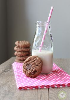 Chocolate Peanut Butter Oat Cookies.  Gluten Free. Recipe from Knead to Cook. #tasteamazing