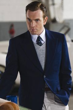 "Ewan McGregor as Gene Vidal in ""Amelia"" (2009)"