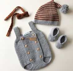 Baby Clothes Patterns, Crochet Baby Clothes, Baby Knitting Patterns, Baby Boy Fashion, Kids Fashion, Baby Suit, Knitted Romper, Hand Knitted Sweaters, Baby Models
