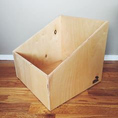 Angular 12 Vinyl Record Box.
