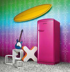 Retro Pink fridge RB60299OP Gorenje Retro, Vintage Kitchen, Retro Vintage, Fiery Red, Colorful Decor, Landline Phone, Home Goods, Pink, Appliances