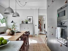 Poppy Lane, Scott Gibson + Family - The Design Files Interior Design Boards, White Interior Design, Interior Design Inspiration, Grey Kitchen Designs, Sweet Home, Small Luxury Hotels, Black And White Interior, Tiny Apartments, The Design Files