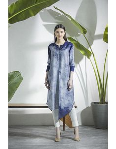 Check out our Navy Tunic by AM:PM available at Ogaan Online store at special price. This line incorporates handcrafted methods of printing and embroidery Kurti Designs Party Wear, Kurta Designs, Blouse Designs, Cara Hijab, Trendy Dresses, Fashion Dresses, Denim Kurti, Navy Tunic, Batik Fashion