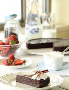 עוגת שוקולד לפסח - 4 מרכיבים
