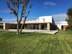 """14 Me gusta, 1 comentarios - RoomGlobal (@roomglobal) en Instagram: """"#newhouseinportugal #algarve #projectby @luv_projects #delivered #CDR #projectmanagement #…"""""""