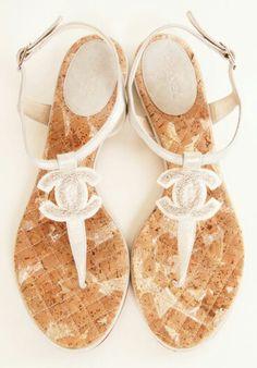 CHANEL Beach Sandals | La Beℓℓe ℳystère