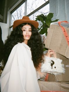a 2020 Mini Island Bag Portrait Hair Inspo, Hair Inspiration, Pretty People, Beautiful People, Curly Hair Styles, Natural Hair Styles, Black Girl Magic, Black Girl White Hair, Looks Cool