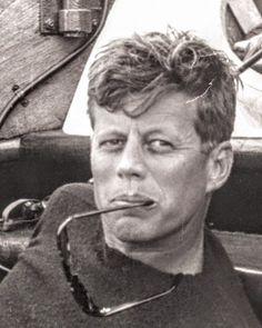 Les Kennedy, John Kennedy Jr, Jfk Jr, Jacqueline Kennedy Onassis, Caroline Kennedy, Young Jfk, Celebridades Fashion, Familia Kennedy, John Junior