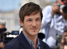 """Gaspard Ulliel Photos - French actor Gaspard Ulliel poses on May 19, 2016 during a photocall for the film """"It's Only The End Of The World (Juste La Fin Du Monde)"""" at the 69th Cannes Film Festival in Cannes, southern France.  / AFP / LOIC VENANCE - 'It's Only the End of the World (Juste La Fin Du Monde)' Photocall - The 69th Annual Cannes Film Festival"""
