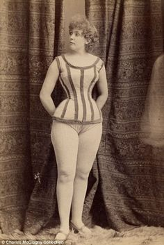 Awesome Vintage Burlesque Photos From The 1890s