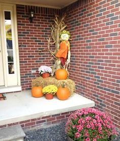 Fall porch decor