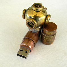 Steampunk diver helmet usb flash drive. by slotzkin on Etsy, $115.00