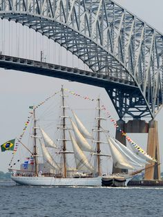 Brazilian ship, Cisne Branco, leaves Baltimore after a successful visit for Star-Spangled Sailabration. Photo by Mitch Lebovic Photography.