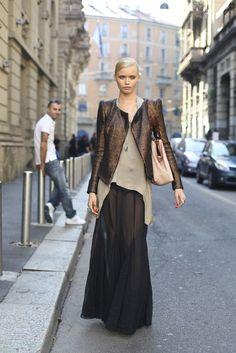 Another maxi chiffon skirt altamira: modelsoffduty.com: Abbey Lee (Next, Milan) exits Gucci