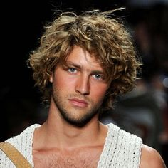 Keeping Healthy Hair For The Summer-Men's Hair Care Tips