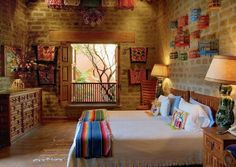 For Casita: Mexican bedroom. Charming room decorated with inexpensive, colourful Mexican crafts. Mexican Style Decor, Mexican Style Homes, Mexican Bedroom Decor, Mexican Interior Design, Mexico House, Woman Bedroom, Female Bedroom, Hacienda Style, Duplex