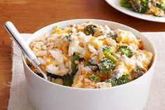 Here's a creamy and crowd-pleasing dish to share: Easy Cauliflower & Broccoli au Gratin. Cheese fans will rejoice when they try the ooey, gooey sauce. Broccoli Cauliflower, Cauliflower Recipes, Cauliflower Cheese, Broccoli Soup, Vegetable Dishes, Vegetable Recipes, Vegetable Bake, Cooking Recipes, Healthy Recipes