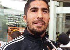 JAIR PEREIRA RECONOCE ERRORES DE CHIVAS El zaguero del Rebaño dice que sabe que tenían el partido para avanzar, 'pero son cosas del futbol'. Considera que el equipo hizo más de lo que se esperaba de ellos en este torneo.