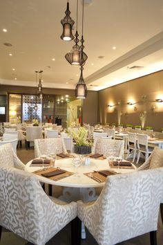 Disfruta de un desayuno y almuerzo buffet en nuestro Restaurant Nabú, cocina internacional y gourmet con fusión local.