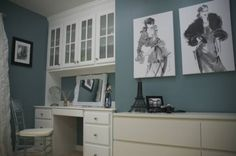 Powder Room: Color: Moody Blue 6221 from Sherwin Williams