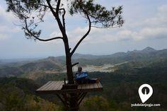 Hamparan Hijau Perbukitan Menoreh Dilihat dari Kalibiru - http://yukdolanjogja.com/wp-content/uploads/2015/11/DSC_0182-1024x682.png - http://yukdolanjogja.com/hamparan-hijau-perbukitan-menoreh-dilihat-dari-kalibiru/ -  #BukitMenoreh, #Hamparan, #Jogja, #Jogjakarta, #Kalibiru, #KulonProgo, #PerbukitanHijau, #ViewJogja, #WisataAlam, #WisataJogja, #Yogyakarta, #Yukdolanjogja