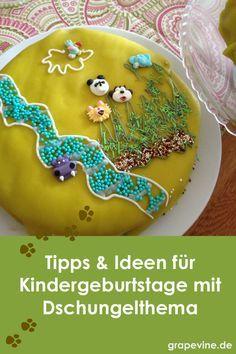 """Einladung zum Geburtstagfeier mit Thema Ein Fest nur als """"Einhorn geburtstag"""" oder """"Superhelden guburtstag"""" zu benennen reicht kaum aus. Und so sollten Sie in die Einladung schreiben, dass die Kinder gerne verkleidet kommen dürfen, wenn sie es wollen. Kinder Party Snacks, Grape Vines, Birthday Cake, Cookies, Desserts, Recipes, Safari, Kindergarten, Inspiration"""