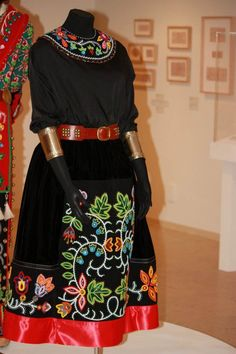 Delina White - Leech Lake Band of Ojibwe - Image by: Delina White Traditional Anishinaabe woman's skirt: AMAZING! Native American Clothing, Native American Regalia, Native American Beadwork, Native American Fashion, Native Fashion, Native Beadwork, Powwow Regalia, Jingle Dress, Ribbon Skirts