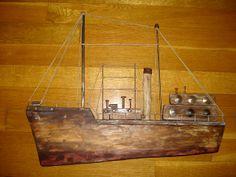 Driftwoodart - treibkunstholz Wood Block Crafts, Wood Projects, Rustic Wall Shelves, Boat Art, Wood Boats, Driftwood Crafts, Wooden Ship, Diy Wood Signs, Wooden Pallets
