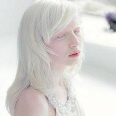 【世界の美女】まさにエルフ!アルビノの美少女「ナスチャ・クマロヴァ」が美しすぎる - NAVER まとめ