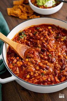 Turkey Chilli - A simple delicious healthier chilli recipe that is perfect for batch cooking and can be cooked stove top or in an Instant Pot. #Chilli #turkey #chili #groundturkey #beans #instantpot #pressurecooker #slimmingworld #weightwatchers