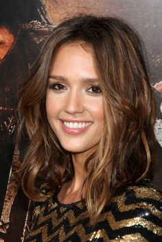 Jessica Alba Tousled Medium Length Hairstyle