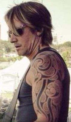 Keith Urban- so love the tat