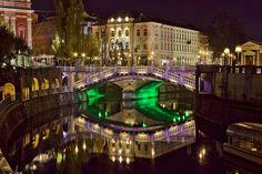 Ljubljana, Slovenija - ©Carambol Nightlife, Mansions, House Styles, Home Decor, Long Exposure, Night Photography, Mansion Houses, Homemade Home Decor, Manor Houses