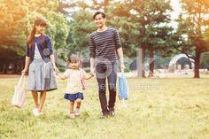 日本の家族の公園 – ロイヤリティフリーのストックフォト