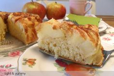 A light apple and cinnamon cake, know in Italian as Torta di Mele, made with nearly no fat and still delicious, moist and soft