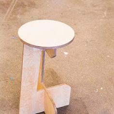 Mølladammen snekkeri AS – Bilder Business Help, Stool, Table, Home Decor, Pictures, Homemade Home Decor, Stools, Mesas, Chair