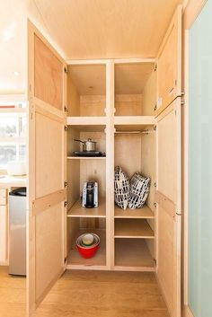 "344-sqft ""Traveler XL"" Tiny Home on Wheels by Escape Homes  Tiny House Movement // Tiny Living // Tiny House Storage // Tiny Home Closet // #TinyHouseonWheels #Architecture #Homedecor #TinyHome"
