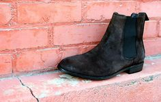 DAPPERED: In Review - H&M's Suede Chelsea Boot