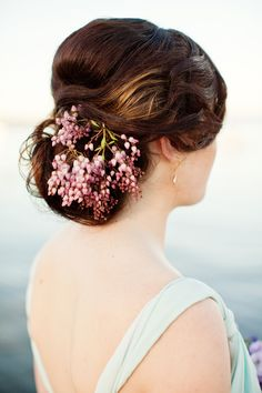 #Wedding hair  ... Wedding ideas for brides, grooms, parents & planners ... https://itunes.apple.com/us/app/the-gold-wedding-planner/id498112599?ls=1=8 … plus how to organise an entire wedding ♥ The Gold Wedding Planner iPhone App ♥