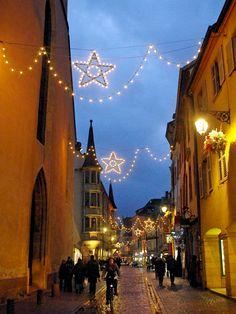 Great news! The Christmas market of Colmar opens today!! 🎄  #Colmar #VisitColmar #VisitAlsace