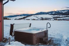 10 Tips For Using Your Hot Tub In Winter Hot Tub Spring Spa Hot Springs