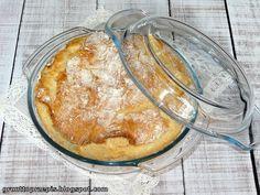 Ciasto chlebowe jest wstawiane na noc do lodówki, a rano pieczone w naczyniu żaroodpornym