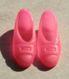 Vintage/Mod Barbie or Francie Shoes -- Pink Squishy Buckle Pumps -- Japan